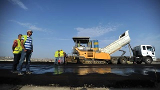 Lessons Learned in Output and Performance-Based Road Maintenance Contracts