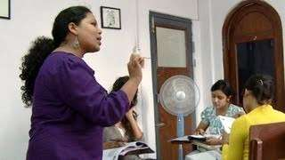 Teaching Spanish in Nepal: How a Bureaucratic Overhaul Helps New Businesses Thrive